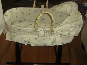 Baby Bassinet West Island Greater Montréal image 1