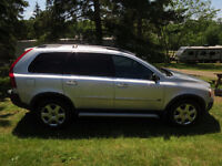 GET READY FOR WINTER IN THIS FABULOUS 2006 SUV VOLVO XC90