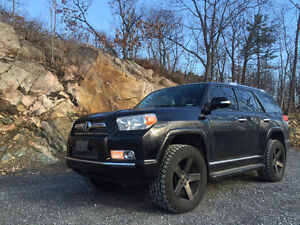 2012 Toyota 4Runner limited SUV, Crossover