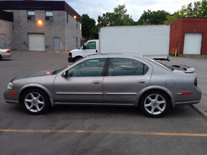 2000 NISSAN MAXIMA SE, 4 DOOR 3.0 LITRE or TRADE FOR iPHONE 6