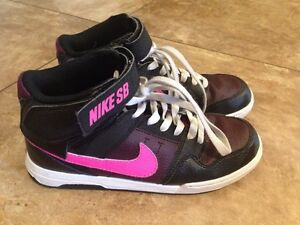 Girls shoes Nike