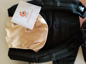 Ergo baby carrier- brand new with infant insert