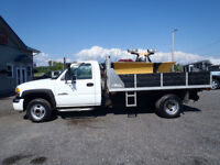 2004 GMC Sierra 3500 4x4 --Dump box and Plow--