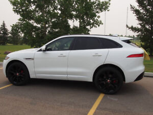 2018 Jaguar F Pace S with Extra Winter Tires and Wheels