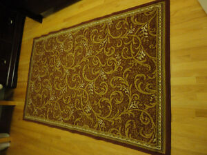 Red carpet area rug decorative accent Like New London Ontario image 1