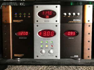 Monster Cable AVS 2000 Power Conditioner Voltage Stabilizer