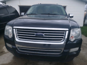 2008 Ford Explorer Limited.. PRICE REDUCED