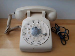 WORKING 1980s Rotary Phone by Northern Telecom - RARE