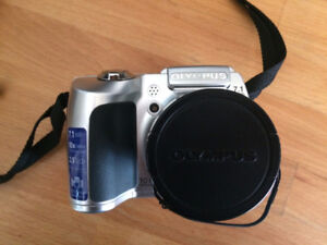 Olympus SP-510UZ Digital Camera