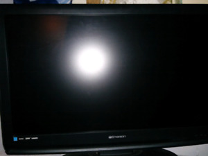 "32"" LCD Emerson tv"