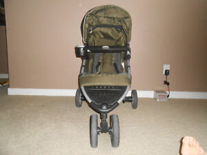 stroller carrier carseat deals locally in calgary baby items kijiji classifieds page 22. Black Bedroom Furniture Sets. Home Design Ideas
