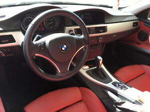 2011 BMW 335i Coupe (2 door)
