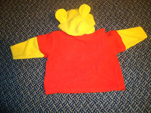Size 18 Months Wonderful World of Disney Winnie The Pooh Outfit Kingston Kingston Area image 4