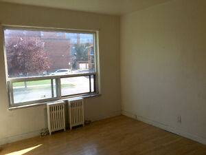 Near Bathurst and Wilson, 2 bdm for rent