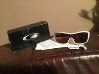 OAKLEY FORSAKE women's sunglasses
