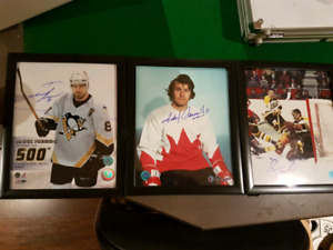 Sell hockey signed photos and puck offer up