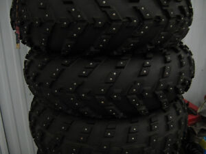 pose de clous(campon)sur pneu vtt