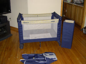 Graco Pack  Playard Baby Travel Portable Crib Pen