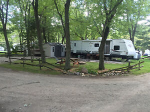 2013 Trail-Runner Travel Trailer 38QBBH by Heartland Cambridge Kitchener Area image 1
