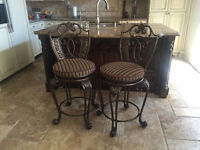 Set of 2 Bar or Counter Stools, High chairs / Chaise haute