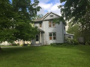 Upstairs 2.5 bedroom apt - central New Glasgow