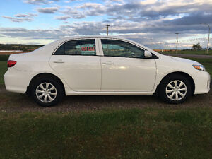 2012 Toyota Corolla ce Sedan. only 76,500 km. dealer inspected