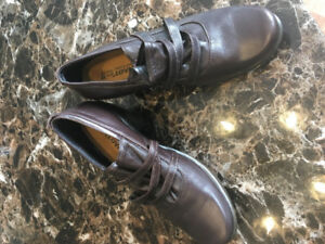 Naot leather shoe 38 new