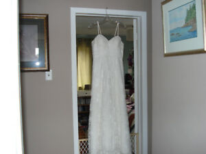 Irory Lace Wedding Dress with Accessories,