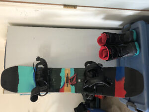 Youth snowboard, boots and bindings