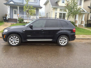 2013 BMW X5 xdrive 35d- In Great Shape!