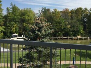 3bd Grand Bend Condo for Rent