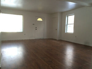 Old East Village – Large apartment with 2 parking spaces