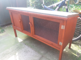 New 4ft hutch for sale