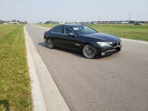 09 BMW 750i Executive Package
