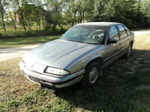 1990 Pontiac Grand Prix LE with clean title and safety