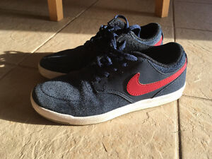 Nike SB size 4.5 shoes