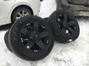 Mags 20'' KMC Rockstar noir avec pneu pour Ram et Tundra