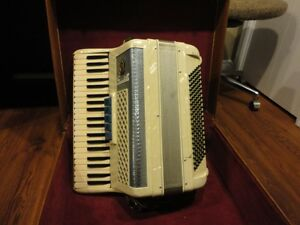 Scandalli Accordion