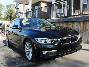 2017 BMW 320i XDrive / 2.0L I4 / Auto / All Wheel Drive