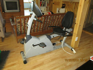 Diamond Back 460 series recombent exercise bike Gatineau Ottawa / Gatineau Area image 2