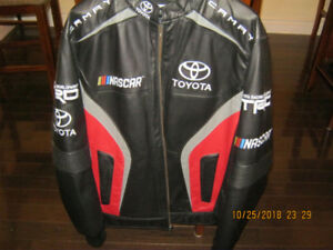 NASCAR jacket 2018 Camry  great Christmas gift