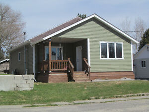 Like new 3 bedroom bungalow.