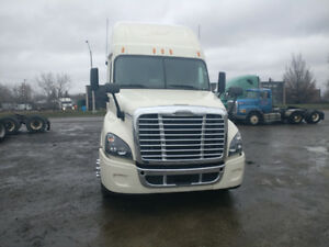 ***2012 FREIGHTLINER CSC: JUST REBUILT BY DEALER-FOR SALE**