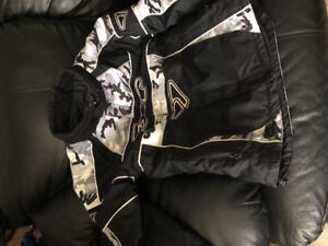 FXR 2 PIECE SNOWMOBILE SUIT LIKE NEW CAMO YOUTH 12 $75