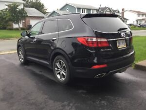 2014 Hyundai Santa Fe XL Luxury Black SUV only 24,200 KM