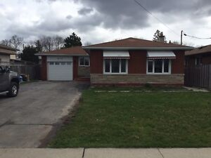 WANTED: buy a house in 4th ave St. Catharines! PRIVATE