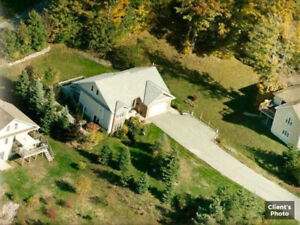 House for Sale in Horseshoe Valley - New Price!