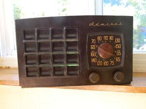 Admiral brand: 5R10N Ch= 5R1 [Radio] fonctionnel,antique vers 19