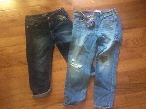 Girls Silver Capris/Abercrombie Cropped