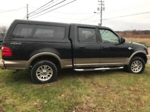 2003 Ford F-150 SuperCrew King Ranch Pickup Truck